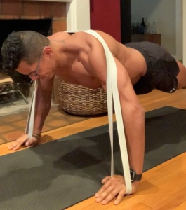 Push up with resistance